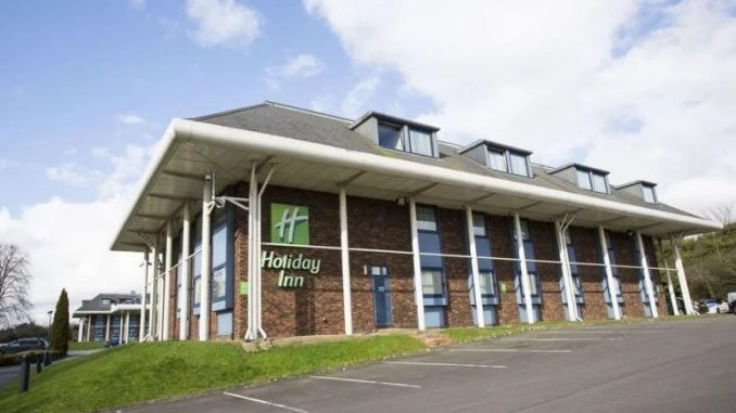 Eitan-Eldar: Holiday Inn Luton